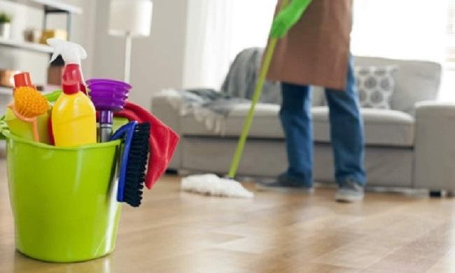 Phun nước khử trùng cho căn nhà mới khi chuyển vào