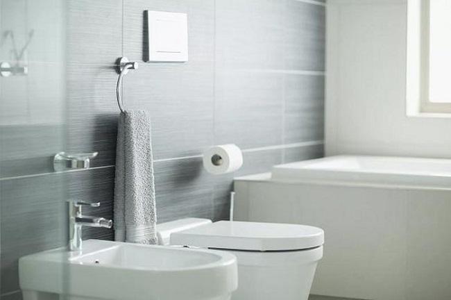 Không nên đặt phòng tắm ở hướng Đông Nam và hướng Bắc mà hãy đặt ở hướng Tây Nam và hướng Đông