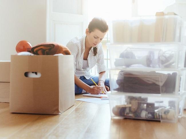 Lên danh sách đồ đạc cần thiết trước khi đóng gói
