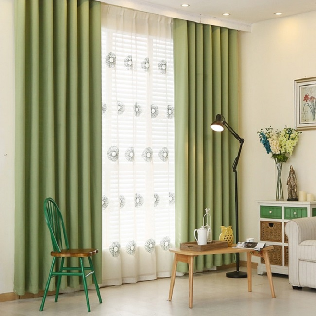 Mệnh mộc nên lựa chọn rèm cửa có màu xanh lá