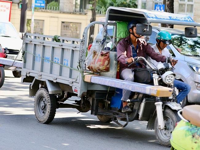 Xe ba gác có trọng tải thấp nên không được phép chuyên chở đồ đạc cồng kềnh