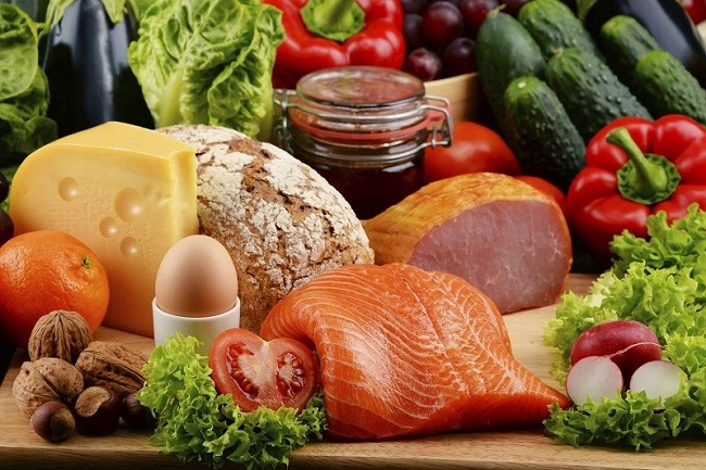 Thực phẩm thiết yếu là các loại lương thực được con người tiêu thụ thường xuyên